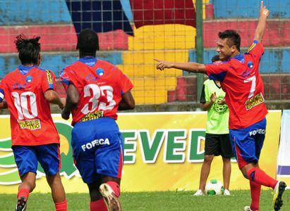 Deportivo Quevedo concentra 18 jugadores para recibir a Manta