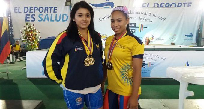 Ferruzola rompió récord nacional en sudamericano de levantamiento de pesa