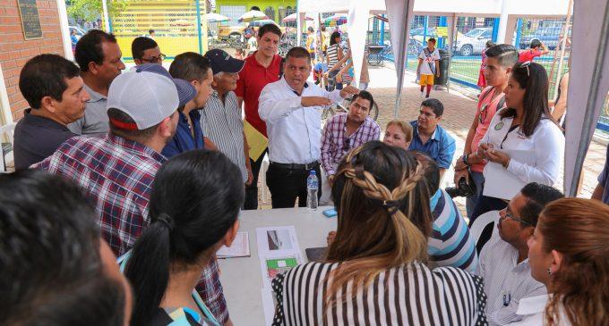 FUNCIONARIOS MUNICIPALES Y ORGANIZACIÓN MISS ECUADOR VISITARON SEDE DEL CERTAMEN