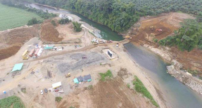66% de avance en construcción del puente sobre el río Lulo