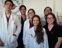 Estudiantes de medicina de  la UEES impartieron charlas sobre VIH/SIDA en Babahoyo
