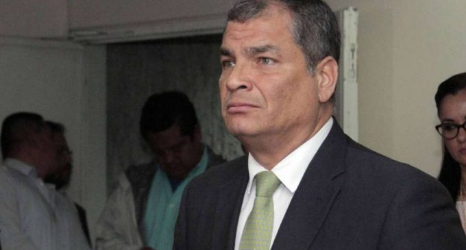 Rafael Correa cuestiona notificación de Contraloría
