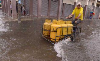Las calles de Guayaquil colapsaron con 101 litros de agua por m²