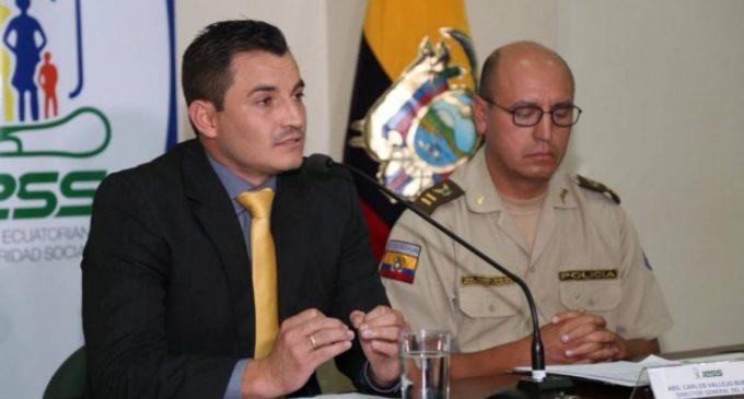 Capturadas tres personas en el IESS por ofertar cargos a nombre de la Presidencia