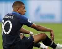 Madre de Kylian Mbappé está preocupada por 'bullying' en Paris Saint-Germain