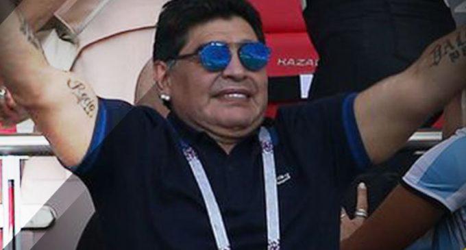Diego Armando Maradona podría dirigir en el fútbol mexicano