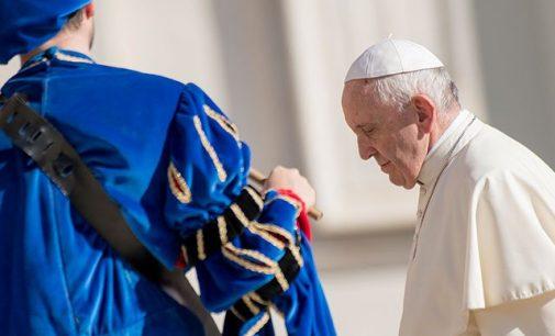 Papa Francisco acepta renuncia de obispo Michael J. Bransfield, acusado de pedofilia en EE. UU.