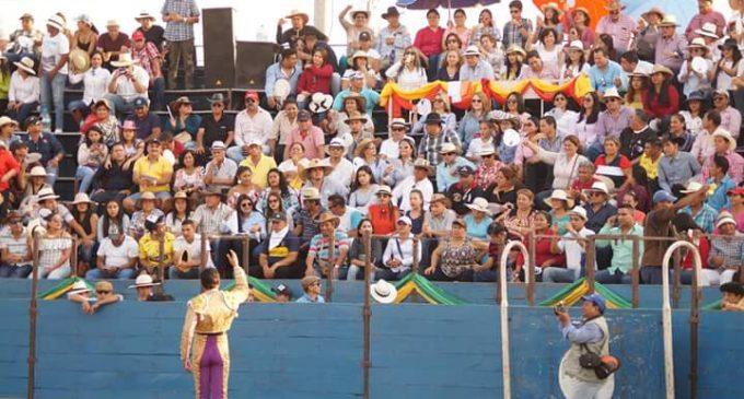 Valencia realiza corrida de toros