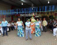 Adultos mayores celebran  Día de la Interculturalidad