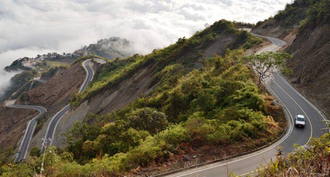 Se inauguró vía Chimbo el Torneado