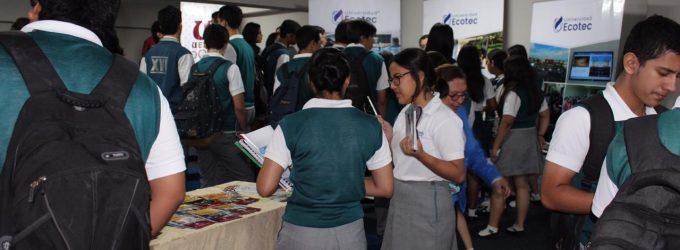 Feria reúne 7 universidades en Babahoyo