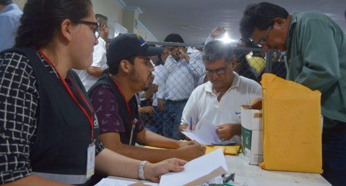 CNE efectuó la tercera mesa electoral