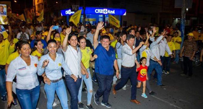 Carlos Gérman inicia su campaña electoral con cientos de seguidores