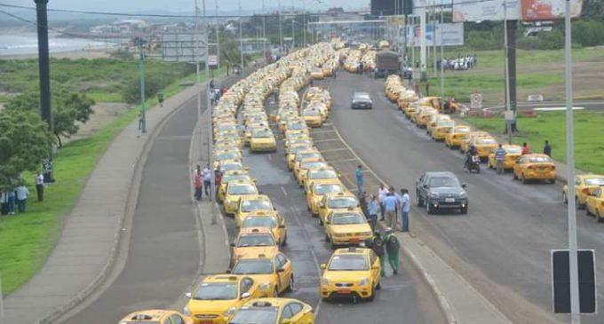 Taxistas anuncian paro nacional