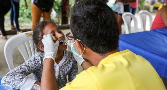 Brigada médica en Febres Cordero