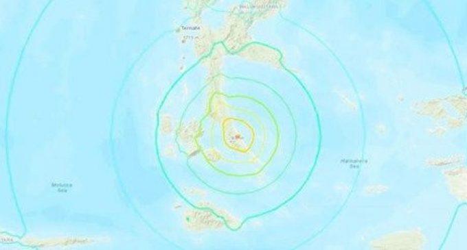 Terremoto de 7,3 azota islas Molucas en Indonesia