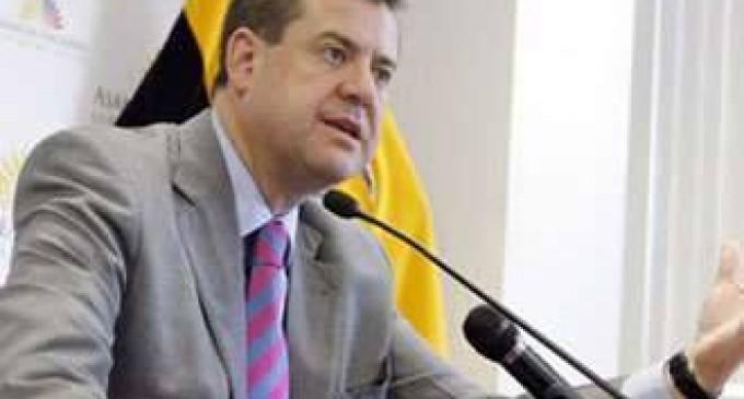 Andrés Paez Fiscal Chiriboga: ¿Cuándo viaja a  Miami y Argentina?