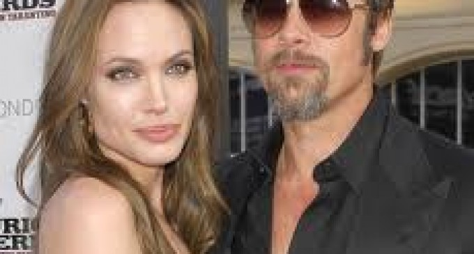 "Brad Pitt le dio un ""regalito"" a Angelina Jolie"
