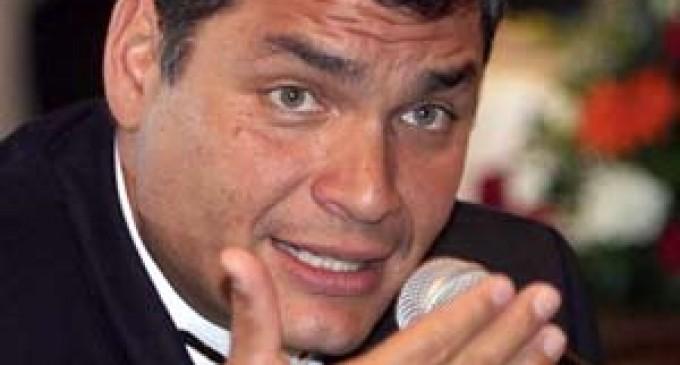 Presidente del Ecuador constata la huella de contaminación que dejó Chevron-Texaco