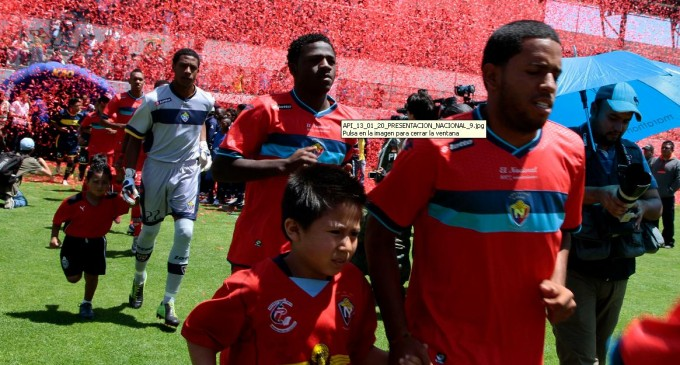 El Nacional derrota al Manta con un doblete de Pita