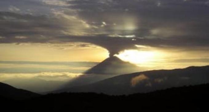 Actividad aumentó en volcán Tungurahua
