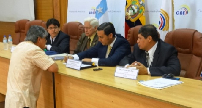Se inscribió a primer movimiento político en Guayas