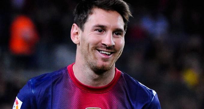 Messi estará dos meses fuera de las canchas por lesión