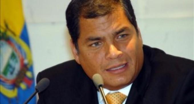 Correa anuncia dos años difíciles para la economía