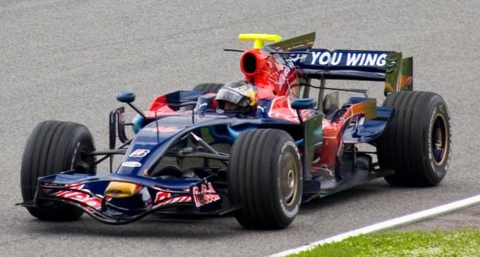 Gran carrera de Alonso, que terminó quinto; ganó Vettel