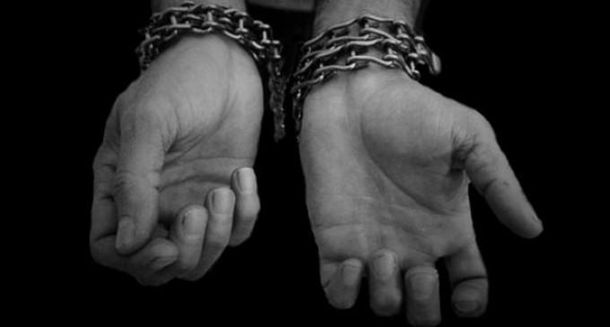 """Londres: policía rescata tres mujeres que pareciera fueron """"esclavas por 30 años"""""""