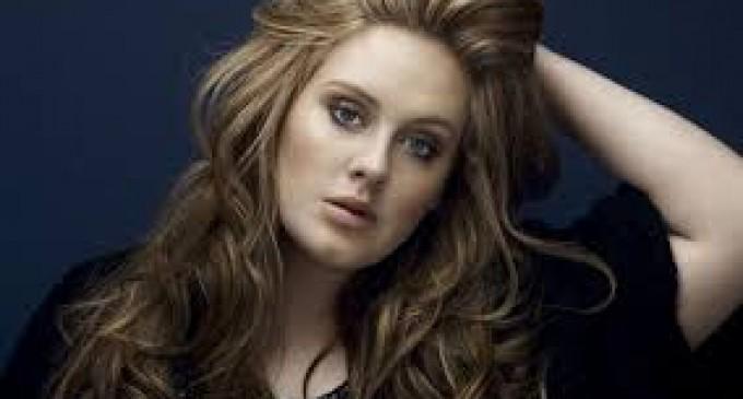 Adele graba rap obsceno
