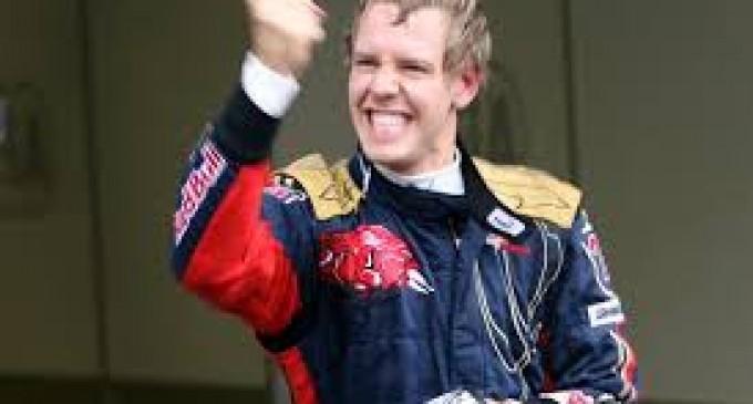 Vettel entra en la leyenda con su octava victoria consecutiva y Alonso queda quinto