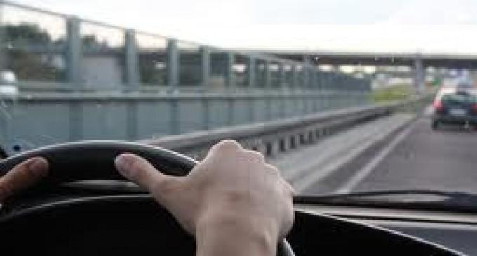 Washington DC dará licencias de conducir a indocumentados