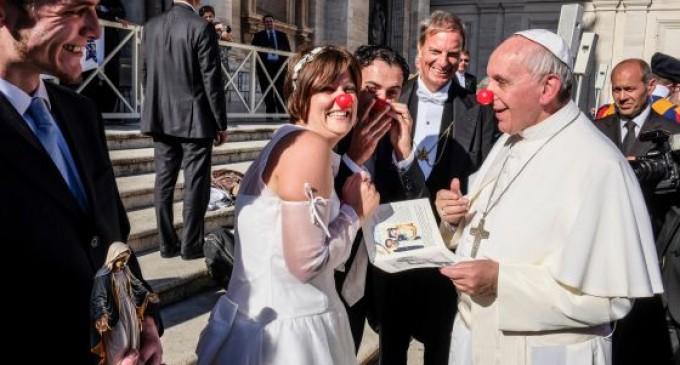 El Papa payaso