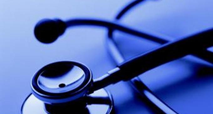 El sistema de salud sufre por carencias y retrasos