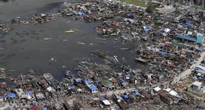 """Filipinas declara """"estado de calamidad"""" tras paso de tifón Haiyán"""