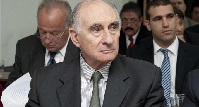 El expresidente argentino De la Rúa, absuelto de un delito de sobornos