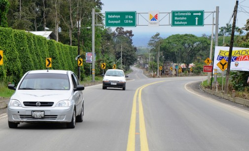 MTOP inaguró 43 kilómetro en la vía Babahoyo-Montalvo