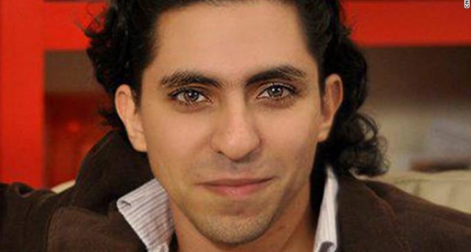Corte de Arabia Saudita pide pena de muerte para bloguero