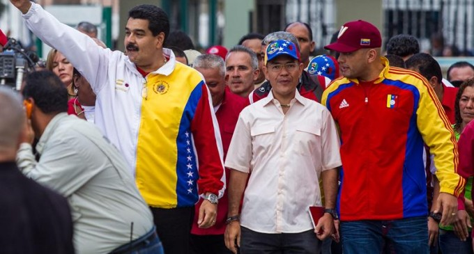Chavismo gana las municipales de Venezuela pero la oposición vence en ciudades importantes