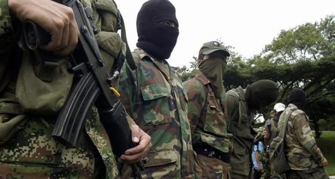 Las FARC anuncian cese del fuego por 30 días a partir del 15 de diciembre