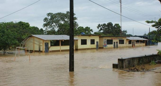 Montalvo en riesgo por desbordamiento del río San Pablo