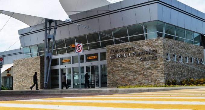 MTOP inaugura aeropuerto en Salinas y terminal terrestre en Santa Elena