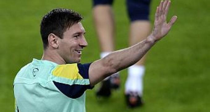 Tras casi dos meses de lesión, Messi volvió a entrenar