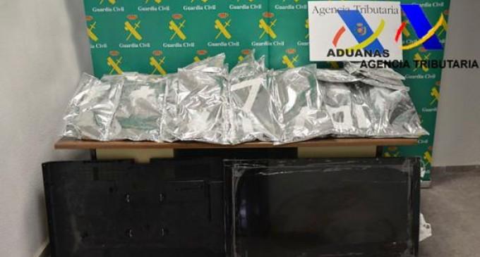 En España incautan casi 90 kilos de droga procedentes de Ecuador ocultos en televisores