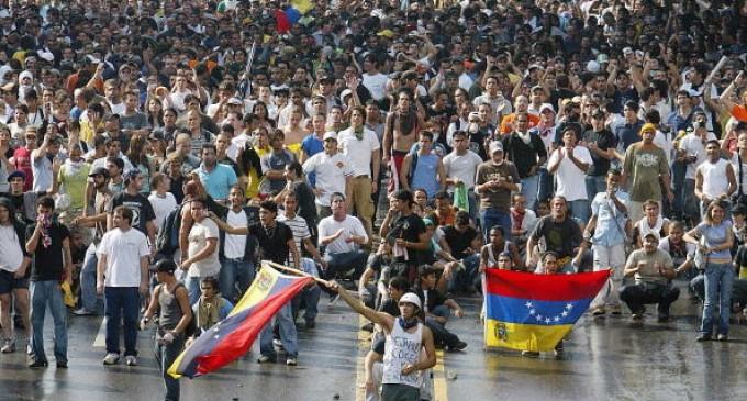 Venezuela vive un día de tensión y pocas certezas