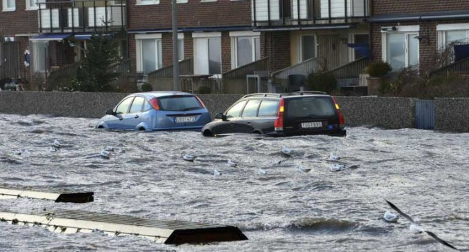Inundaciones, nieve y oleaje causan estragos en Europa