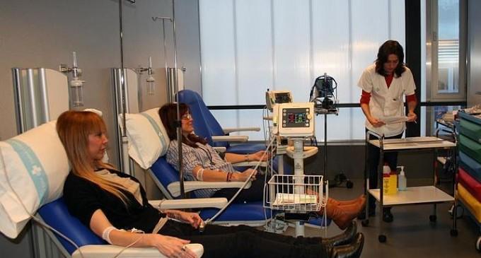 Ensayan tratar la esclerosis múltiple con células madre de los pacientes