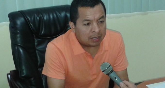 Municipio dona la ambulancia al IESS de Quevedo,