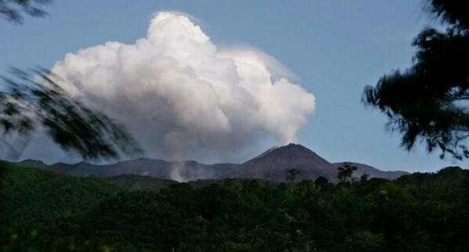 Declaran alerta naranja en zona de influencia de volcán Reventado
